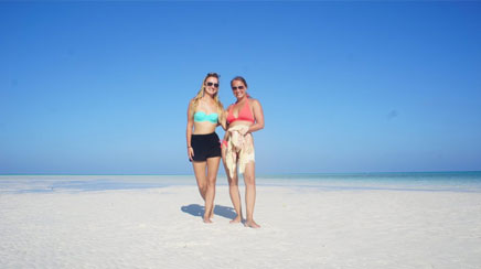 Volunteer Adventure to Maldives Photo